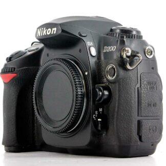 Nikon D200 10.2MP SLR Digital Camera