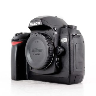 Nikon D70 6.1 MP Digital SLR Camera