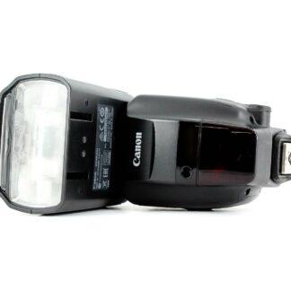 The power Canon 600EX-RT Speedlite Flash Unit Flashgun