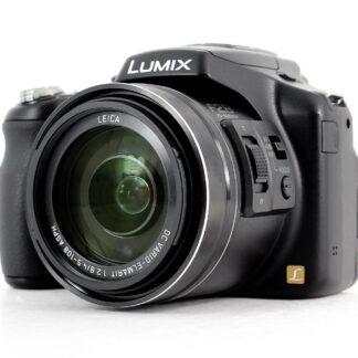 Panasonic LUMIX DMC-FZ200 12.1 MP Digital Bridge Camera
